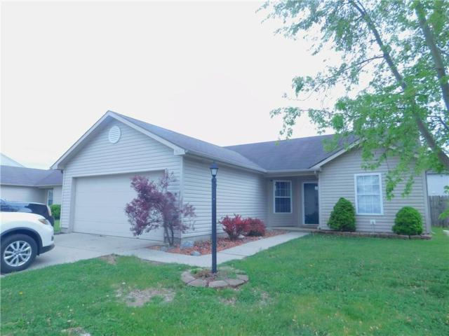 1637 Willowview Lane, Greenfield, IN 46140 (MLS #21639543) :: AR/haus Group Realty