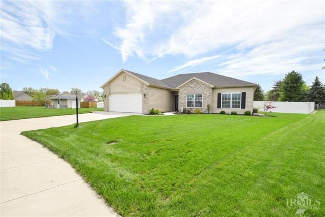 1205 W Nature Pointe Lane, Muncie, IN 47304 (MLS #21640183) :: The ORR Home Selling Team