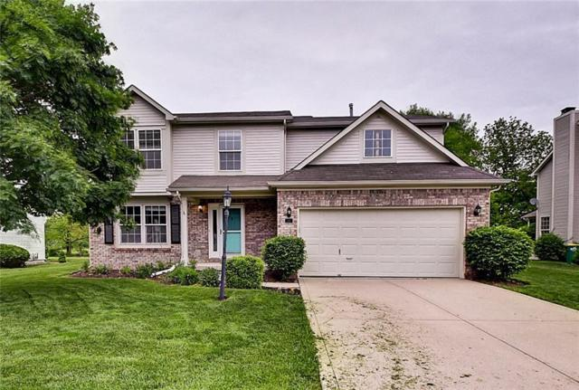 18 W Woodsage Court, Westfield, IN 46074 (MLS #21641900) :: Richwine Elite Group