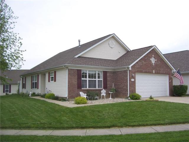 909 Lincoln Park Drive W, Greenwood, IN 46142 (MLS #21642055) :: David Brenton's Team