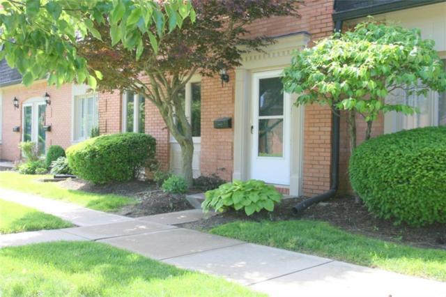 1121 Canterbury Square S, Indianapolis, IN 46260 (MLS #21644542) :: AR/haus Group Realty