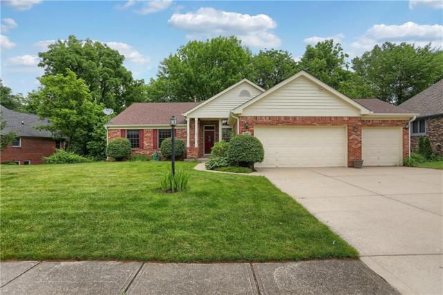 9241 Castle Knoll Boulevard, Indianapolis, IN 46250 (MLS #21646477) :: David Brenton's Team
