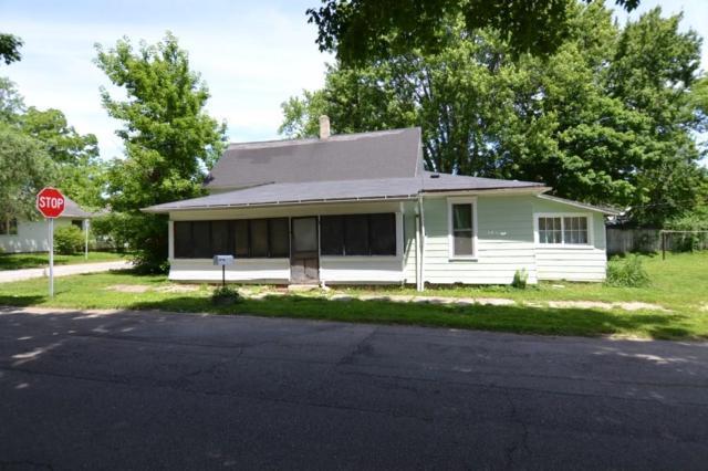 300 N Mulberry Street, Hartford City, IN 47348 (MLS #21646549) :: The ORR Home Selling Team