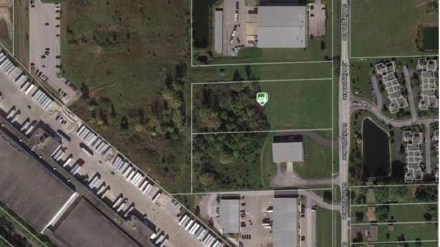 3120 S Arlington Avenue, Indianapolis, IN 46203 (MLS #21647270) :: David Brenton's Team