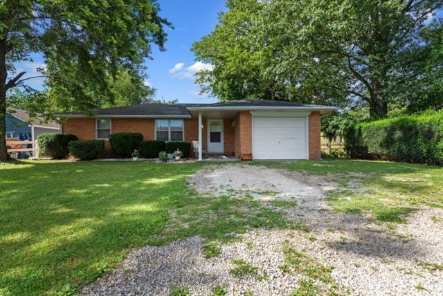 8204 W Weller Street, Yorktown, IN 47396 (MLS #21650756) :: The ORR Home Selling Team
