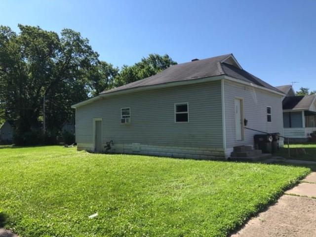 2304 Hendricks Street, Anderson, IN 46016 (MLS #21650778) :: Richwine Elite Group