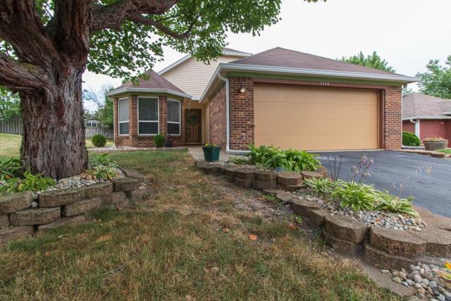 7658 Trophy Club Drive S, Indianapolis, IN 46214 (MLS #21651659) :: Mike Price Realty Team - RE/MAX Centerstone