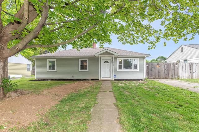 3568 W Perry Street, Indianapolis, IN 46221 (MLS #21652058) :: Mike Price Realty Team - RE/MAX Centerstone