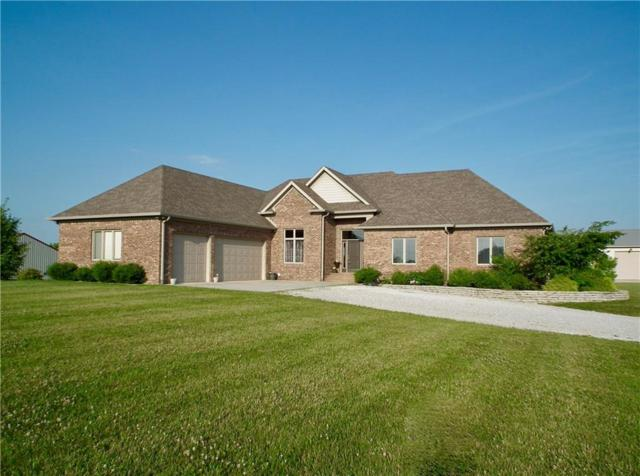 9010 S Mitthoeffer Road, Indianapolis, IN 46259 (MLS #21652460) :: The Indy Property Source