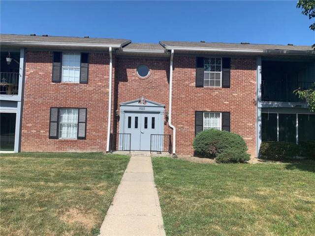 1622 Queesnbridge Square, Indianapolis, IN 46219 (MLS #21654544) :: The Indy Property Source