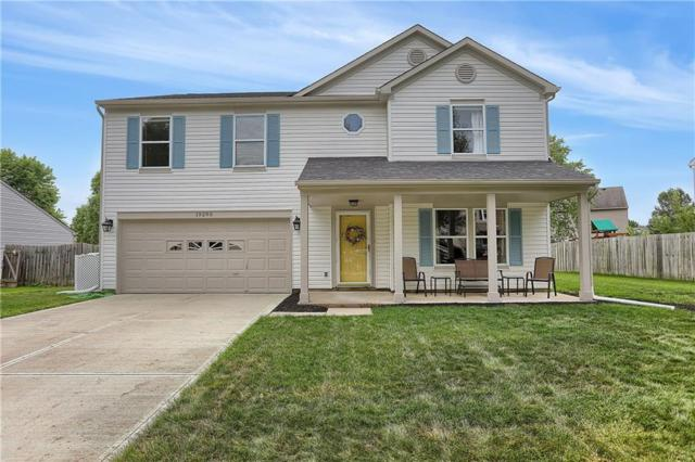 19290 Tradewinds Drive, Noblesville, IN 46062 (MLS #21654770) :: The Indy Property Source