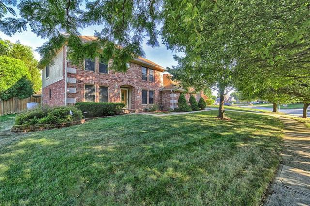839 Crystal Lake Drive, Greenwood, IN 46143 (MLS #21658366) :: Your Journey Team