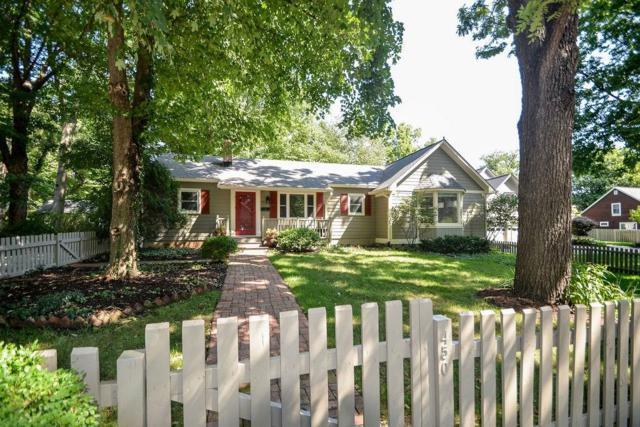 450 W Hawthorne Street, Zionsville, IN 46077 (MLS #21659965) :: AR/haus Group Realty