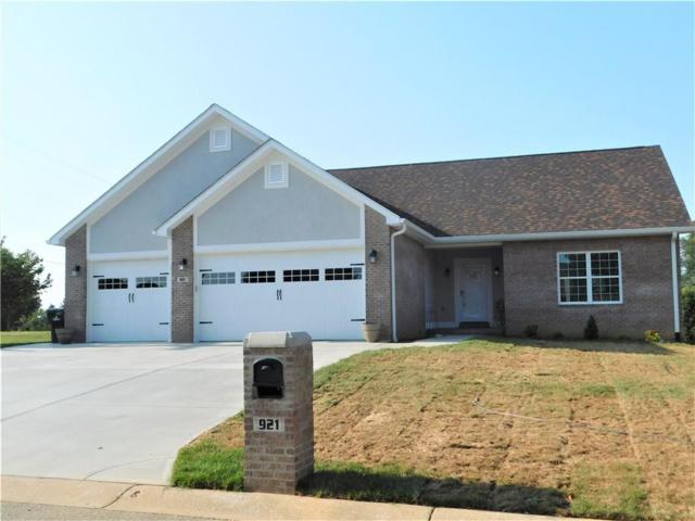921 E Mill Creek Road S, Greensburg, IN 47240 (MLS #21660972) :: Richwine Elite Group