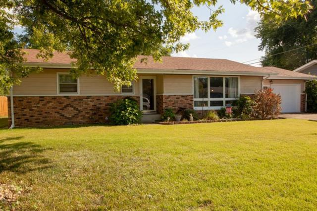 443 Collier Street, Columbus, IN 47201 (MLS #21661416) :: The Star Team | RE/MAX Realty Group