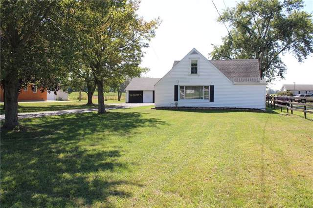 4621 W State Road 32, Anderson, IN 46011 (MLS #21668868) :: Mike Price Realty Team - RE/MAX Centerstone