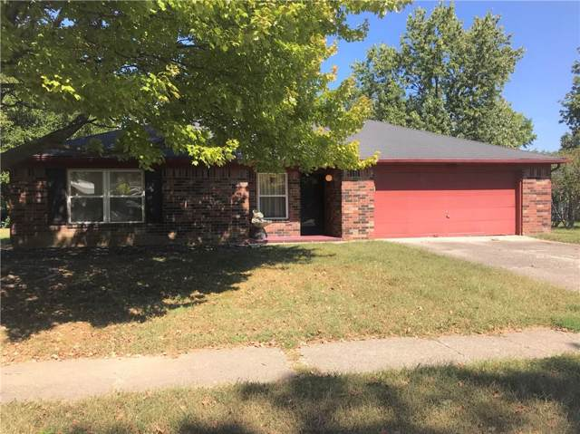 9530 E Gemini Drive, Indianapolis, IN 46229 (MLS #21668905) :: The Indy Property Source