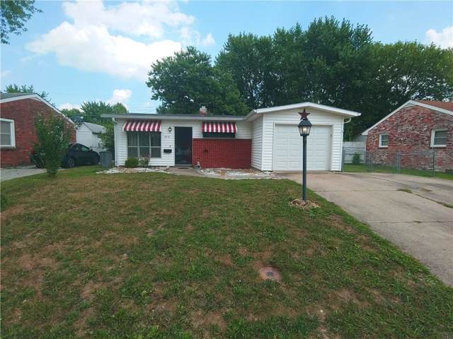 914 Crestmoor Drive, Shelbyville, IN 46176 (MLS #21669970) :: The Star Team | RE/MAX Realty Group