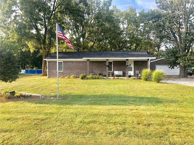 1858 Market Street, Clayton, IN 46118 (MLS #21670701) :: The Indy Property Source