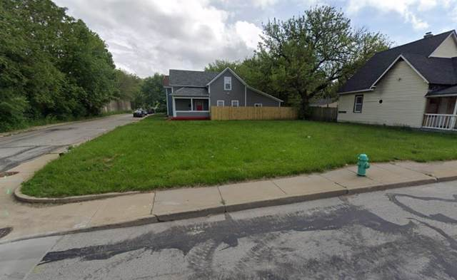 107 E Morris Street, Indianapolis, IN 46225 (MLS #21674023) :: Mike Price Realty Team - RE/MAX Centerstone