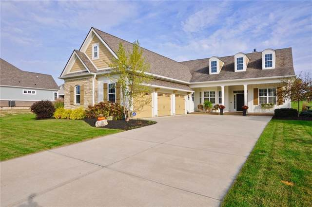11516 Golden Willow Drive, Zionsville, IN 46077 (MLS #21674692) :: David Brenton's Team