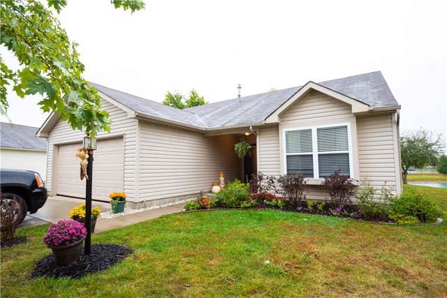 1525 Carlton Drive, Greenfield, IN 46140 (MLS #21674862) :: Richwine Elite Group