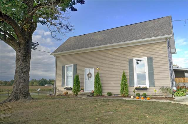 6470 W Stinemyer Road, New Palestine, IN 46163 (MLS #21675544) :: The ORR Home Selling Team