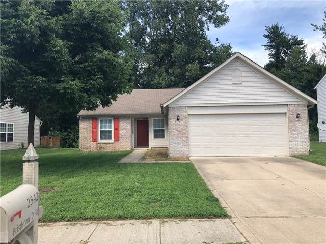 2542 W Bristlecone Drive, Indianapolis, IN 46217 (MLS #21675943) :: David Brenton's Team