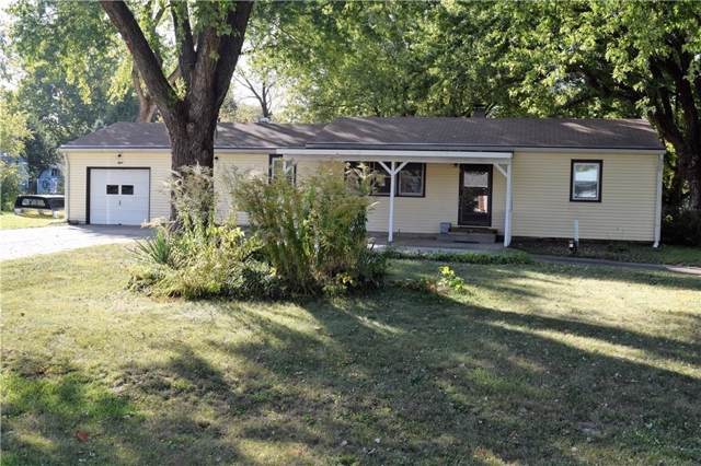 8 Michael Drive, Plainfield, IN 46168 (MLS #21676297) :: The Indy Property Source