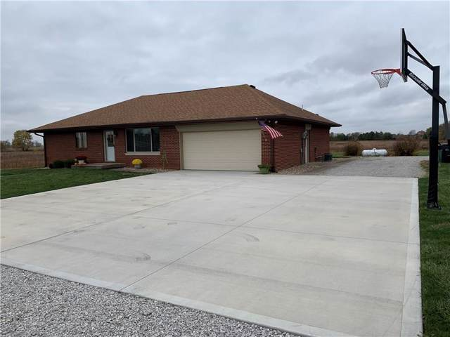 402 S County Road 400 E, Avon, IN 46123 (MLS #21678451) :: Richwine Elite Group