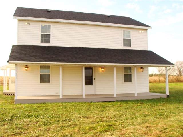 13601 W Division Road, Yorktown, IN 47396 (MLS #21680019) :: The ORR Home Selling Team