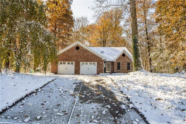 6 Lakewood Drive, Greenfield, IN 46140 (MLS #21681242) :: The Star Team | RE/MAX Realty Group