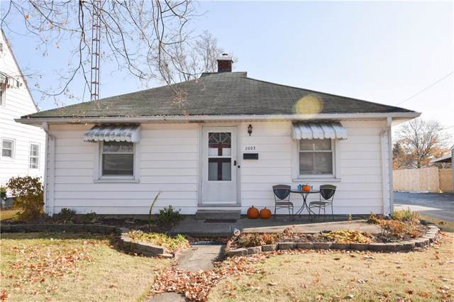 2003 Gilmore Street, Columbus, IN 47201 (MLS #21681405) :: The Star Team | RE/MAX Realty Group