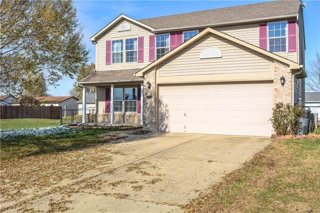 1504 E Buckskin Trace E, Martinsville, IN 46151 (MLS #21681597) :: The Star Team | RE/MAX Realty Group