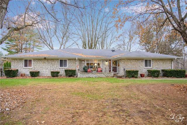 100 Carefree Court, Greenwood, IN 46142 (MLS #21683384) :: Richwine Elite Group