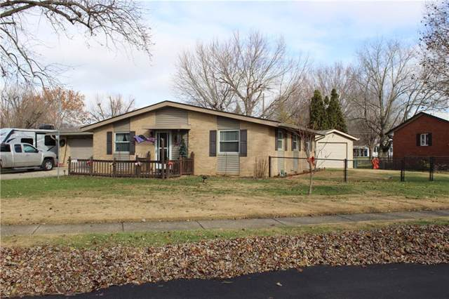 107 King Arthur Drive, Franklin, IN 46131 (MLS #21684645) :: The Indy Property Source