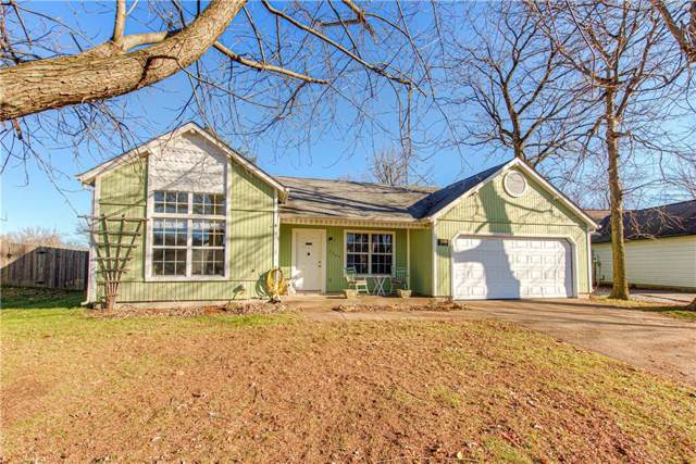6405 E Crimson Circle, Indianapolis, IN 46227 (MLS #21685205) :: The Indy Property Source