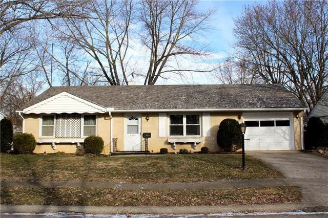 2304 Bramble Way, Anderson, IN 46011 (MLS #21685513) :: The Evelo Team