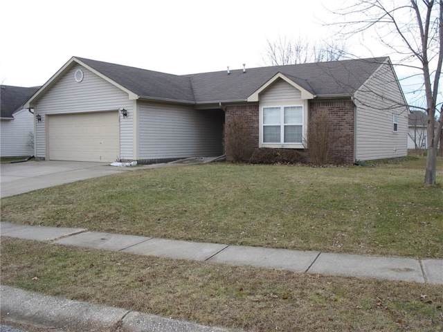 902 Helm Drive, Avon, IN 46123 (MLS #21685713) :: Mike Price Realty Team - RE/MAX Centerstone