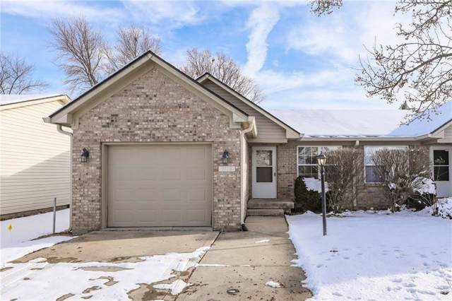 2105 Galaxy Drive, Franklin, IN 46131 (MLS #21686773) :: David Brenton's Team