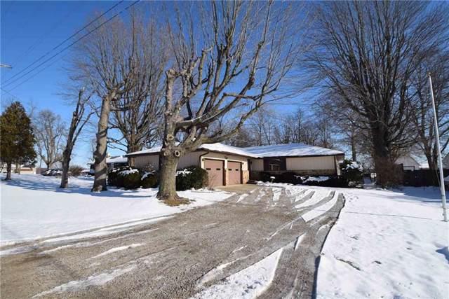 4300 S Eaton Avenue, Muncie, IN 47302 (MLS #21687318) :: The ORR Home Selling Team