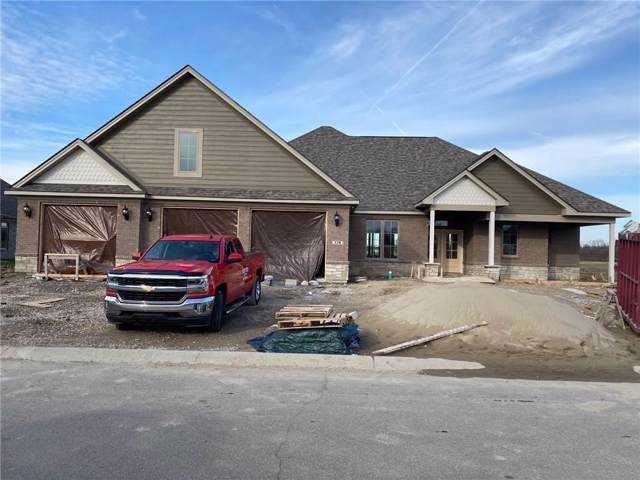 778 Meadowbrook Lane, Franklin, IN 46131 (MLS #21687757) :: David Brenton's Team