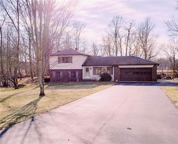 1540 S Plateau Circle, Martinsville, IN 46151 (MLS #21688125) :: Mike Price Realty Team - RE/MAX Centerstone
