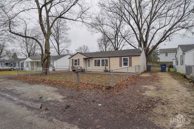 1712 S Oakdale Drive, Yorktown, IN 47396 (MLS #21688415) :: The ORR Home Selling Team