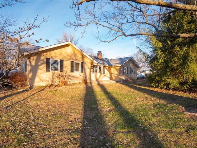 377 Carmelview Drive, Carmel, IN 46032 (MLS #21688580) :: Mike Price Realty Team - RE/MAX Centerstone