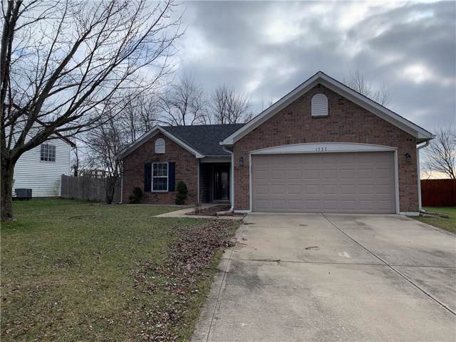 1537 Thunderbird Court, Franklin, IN 46131 (MLS #21688769) :: David Brenton's Team