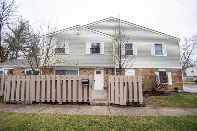 8336 Woodall Drive #8336, Indianapolis, IN 46268 (MLS #21688920) :: Mike Price Realty Team - RE/MAX Centerstone
