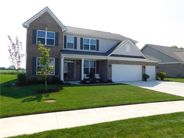 9661 N Port Drive, Mccordsville, IN 46055 (MLS #21690107) :: Richwine Elite Group