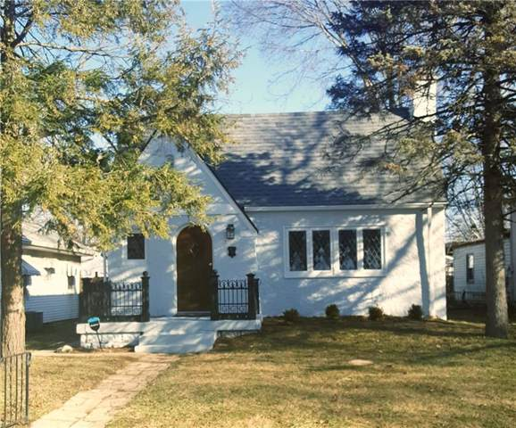 945 N Chester Avenue, Indianapolis, IN 46201 (MLS #21690122) :: Mike Price Realty Team - RE/MAX Centerstone