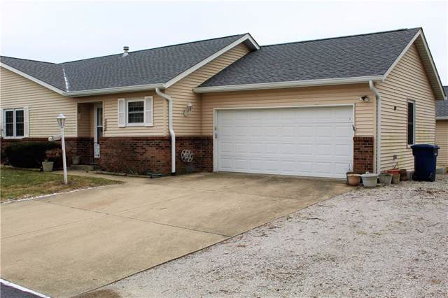 300-2 Longcastle Drive, Greencastle, IN 46135 (MLS #21690201) :: Mike Price Realty Team - RE/MAX Centerstone